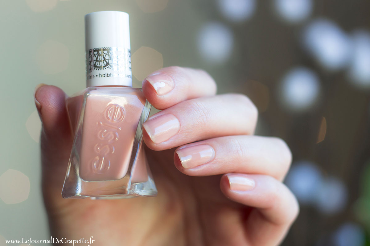 Vernis gel couture Sheer Silhouette